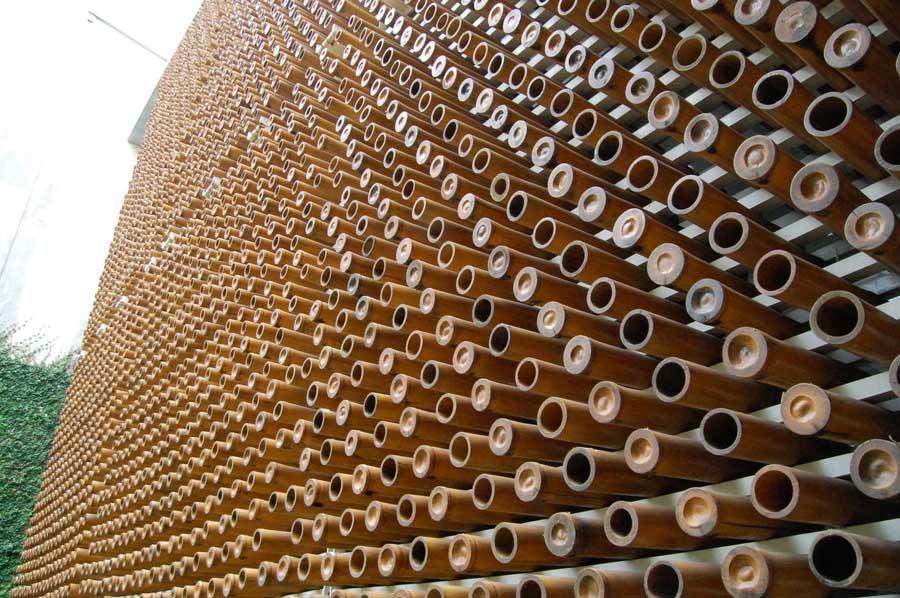 Pori-Pori House by Budi Pradono (Indonesian Architect)- Bamboo screen Facade: